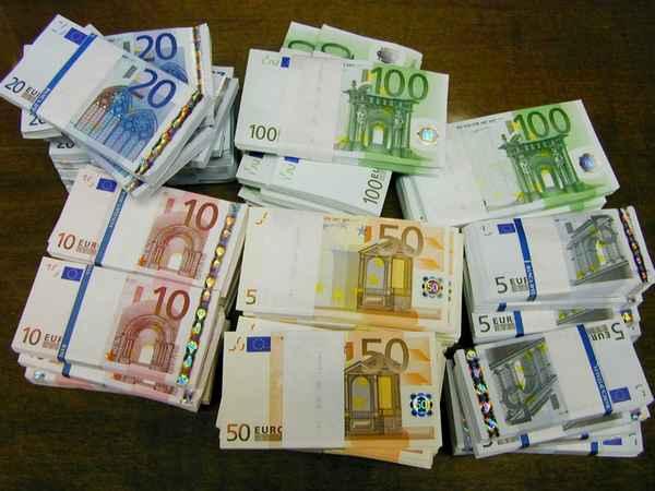 Napoli Centrale: Arrestato Con Banconote False