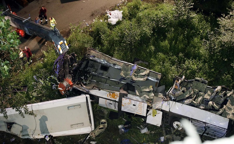 Pullmann Che Cadde Da Viadotto A/16: 6Mila Revisioni False