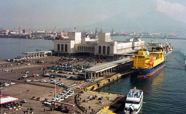 Napoli: Trovato Cadavere Al Largo Del Porto