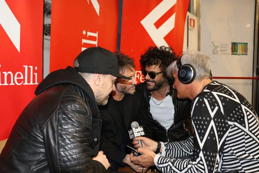 Max Pezzali, Nek, Francesco Renga ospiti in