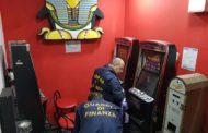 Imponevano Slot Machines A Esercizi Pubblici: 11 Arresti A Caserta
