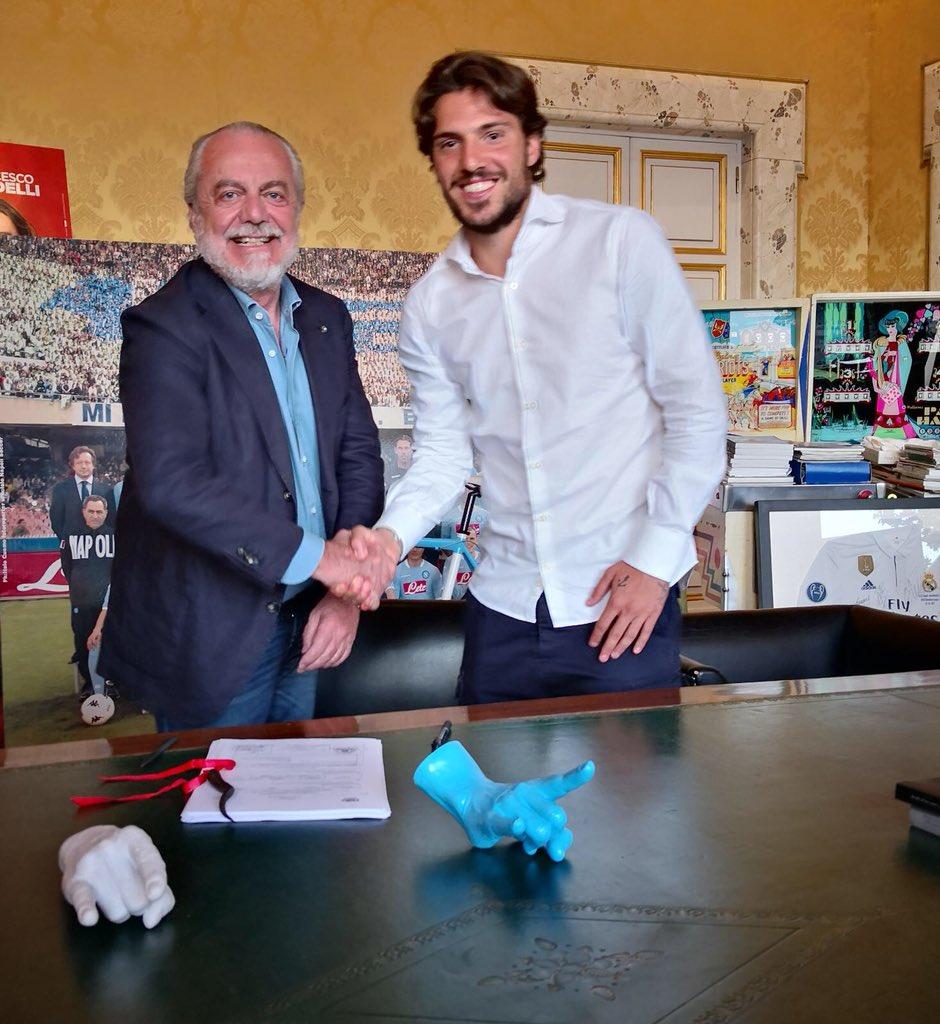 Napoli, è ufficiale l'acquisto di Simone Verdi