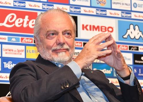 """De Laurentiis su vicenda stadio e centro sportivo: """"Castel Volturno, Melito o una proposta del gruppo Coppola: queste le idee"""""""