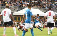 Napoli-Gozzano 4-0: buona la prima degli azzurri. Protagonista Fabian con un sinistro all'incrocio