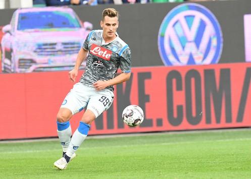 Wolfsburg-Napoli 3-1: bene Milik, ma gli azzurri soffrono in fase difensiva contro i tedeschi