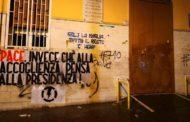 Napoli: Studenti Del Pansini Accolti Da Striscioni Di Protesta
