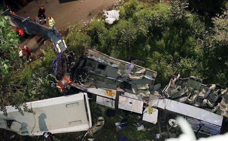 Strage Autobus Che Precipitò Da A/16: Assolto Ad Di Autostrade