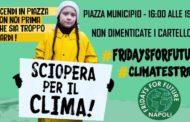 Friday For Future: Numerosi Partecipanti in Campania. A Napoli Tensione Con Le Forze Dell'Ordine